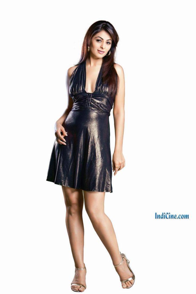Anjana Sukhani bollywood actress