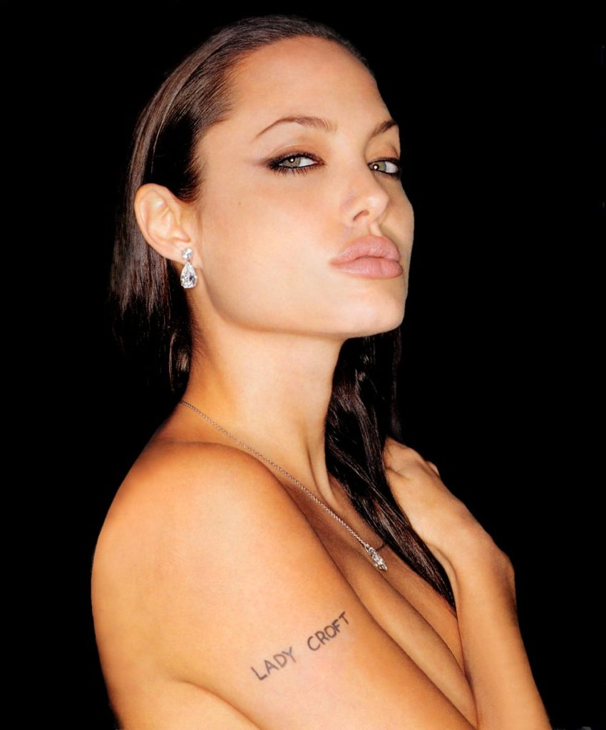 Angelina Jolie hot topless pic
